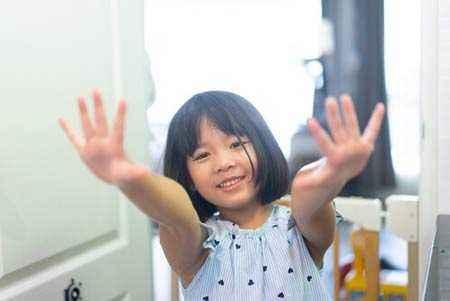 Tips Mengajari Anak Mencuci Tangan