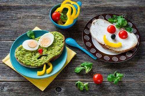 Berikan Porsi Makan yang Ideal untuk Anak