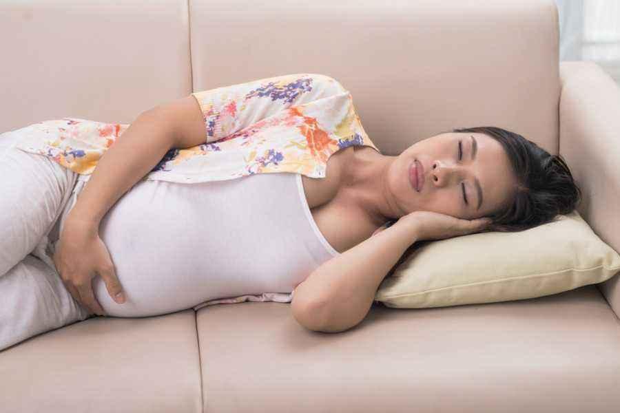 Kenapa Ibu Hamil Tidak Boleh Tidur Pagi?