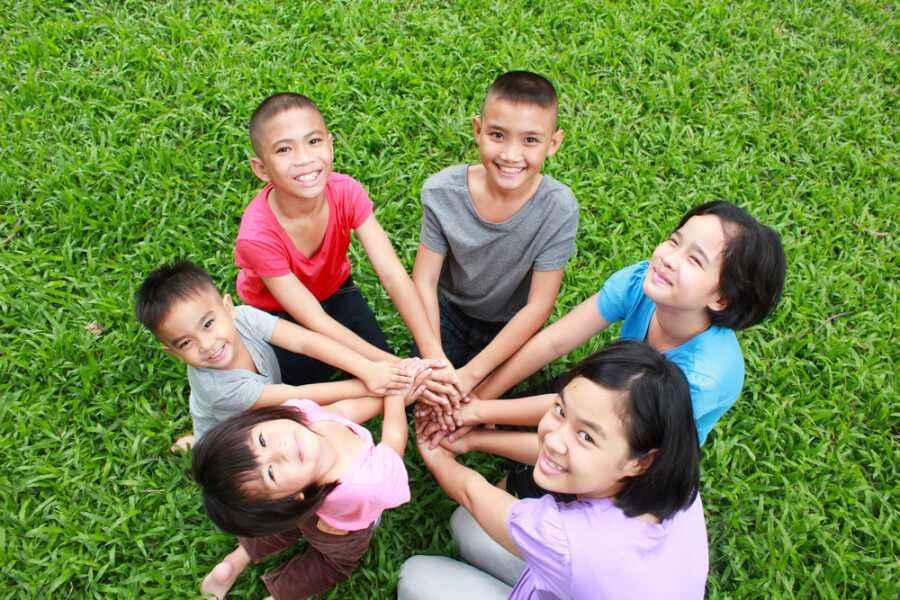 5 Cara Mengajarkan si Kecil untuk Menghargai Perbedaan