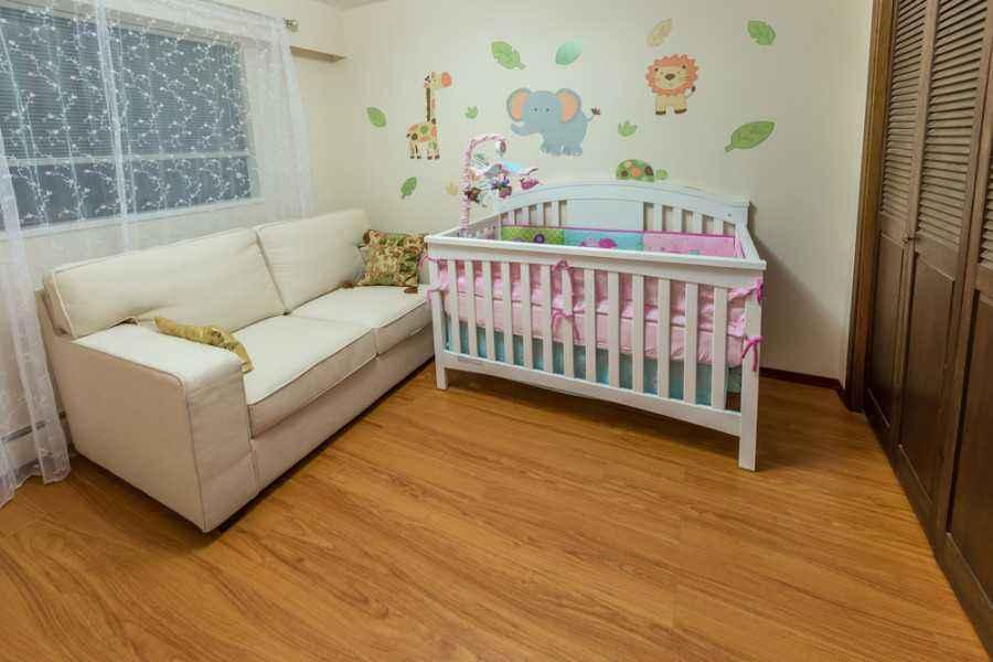 Perawatan Bayi Pada 24 Jam Pertamanya di Rumah