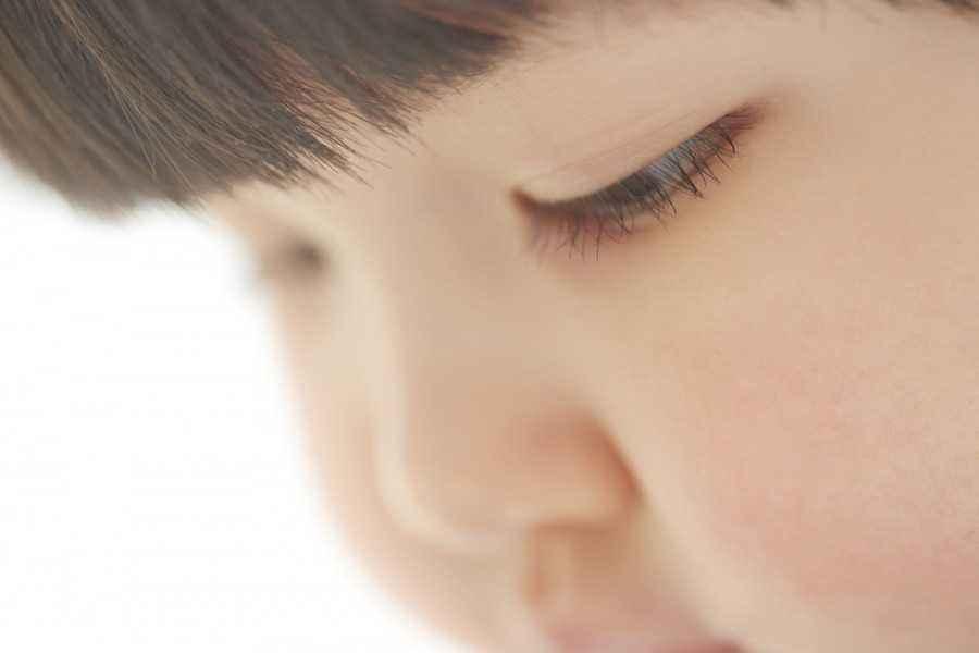 Mendidik Anak Menjadi Penurut, Benarkah Baik?