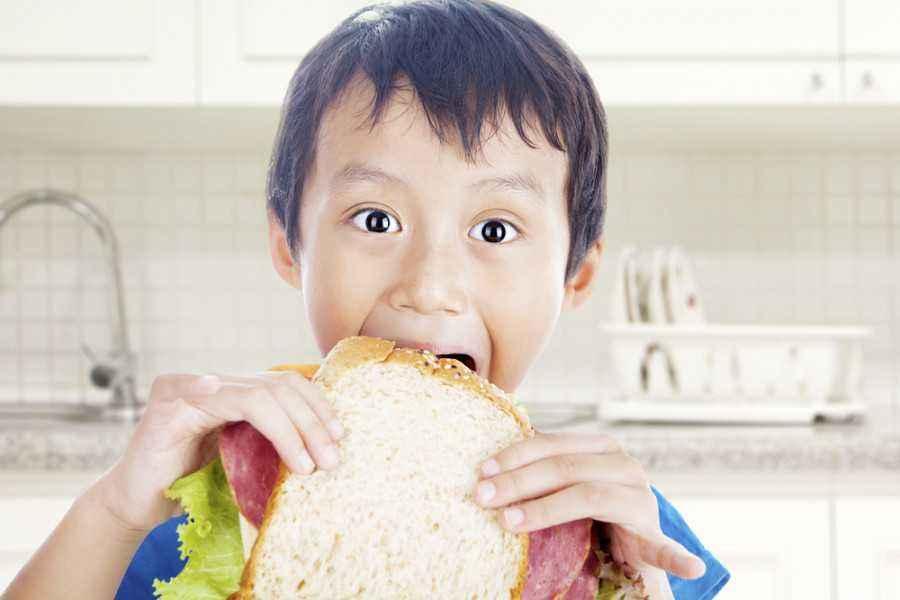 2 Resep Roti Lapis Mudah untuk Bekal Sekolah