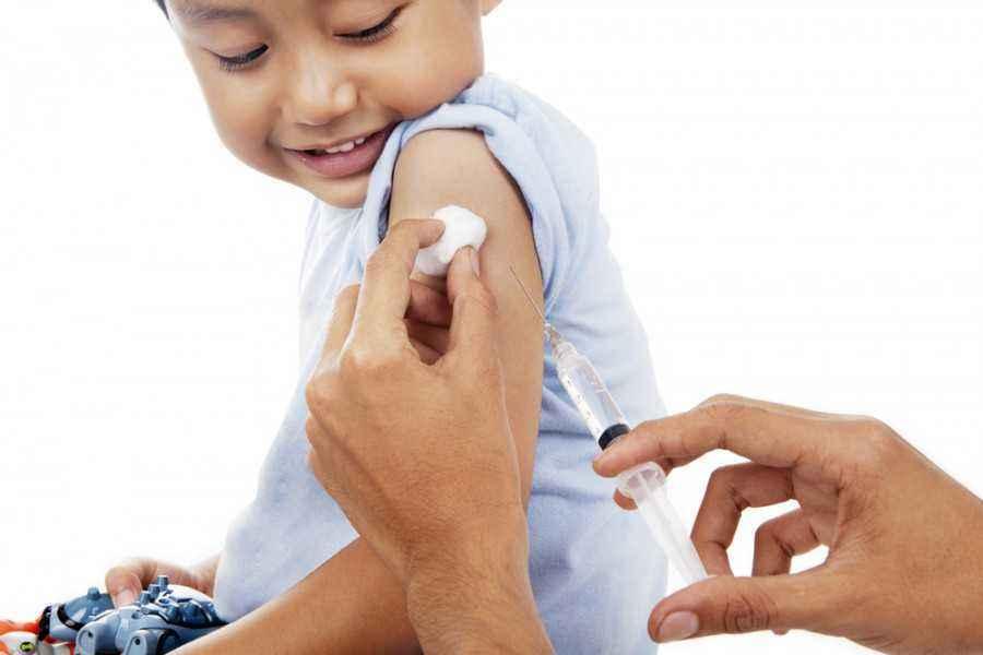 Perlukah Imunisasi Tambahan untuk si Kecil?