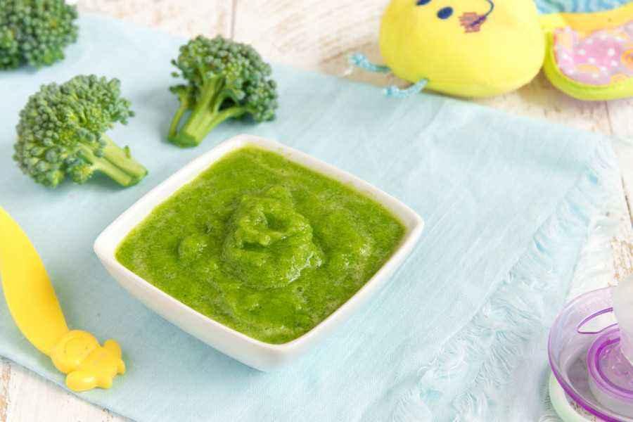 Resep MPASI Puree Brokoli yang Sederhana dan Lezat
