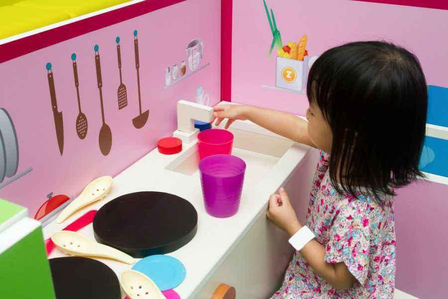 4 Cara Menyenangkan Ajari Tanggung Jawab pada Anak