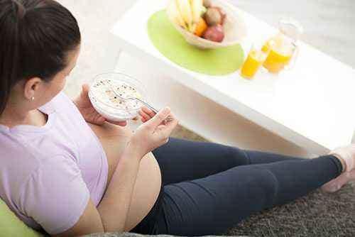 Cegah Heartburn : Atur Pola Makan Ibu Hamil