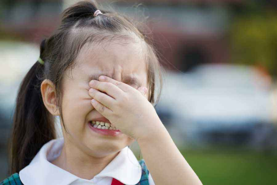 Tantrum di Hari Pertama Sekolah? Cegah Dengan 5 Tips Ini