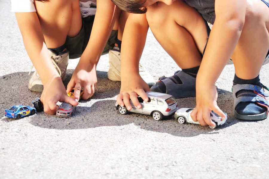 Belajar Alat Transportasi Bersama si Kecil
