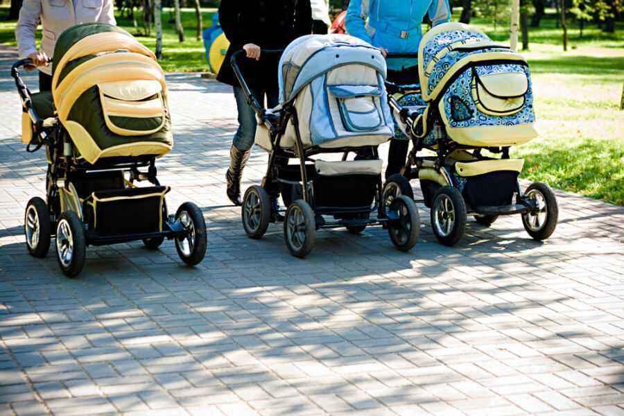 Kereta Bayi: Beli atau Sewa?
