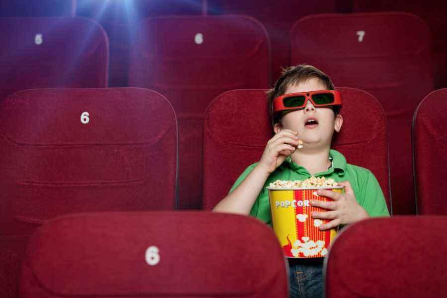 Mau Ajak si Kecil ke Bioskop? Ikuti Tips Ini, Yuk!