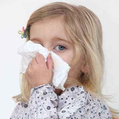 Ajari si Kecil Mengeluarkan Cairan Hidung Saat Pilek