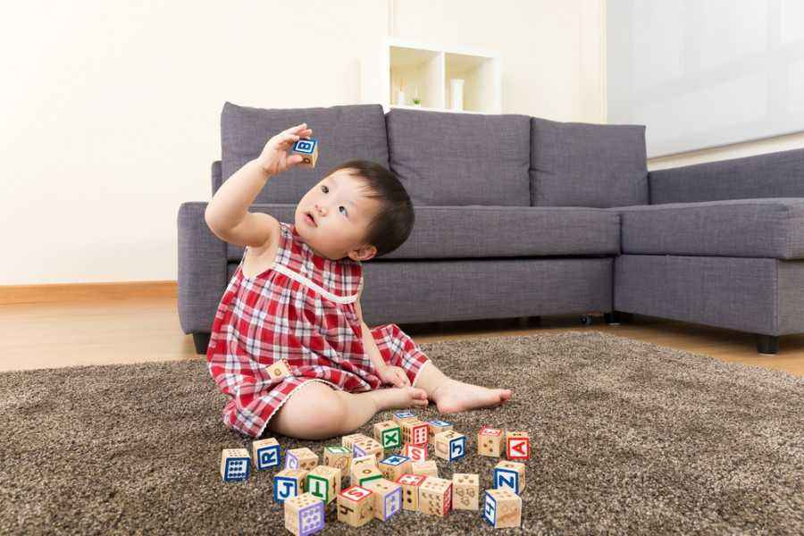 Ayo, Tingkatkan Kemampuan Baca Anak dengan Mainan Tradisional