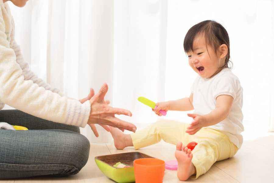 3 Ide Bermain di Rumah untuk Asah Momen Wow Anak