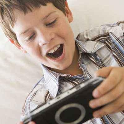 Jangan Biarkan Anak Kecanduan Games