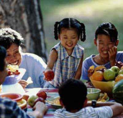 Mendidik Balita Agar Aktif Secara Sosial