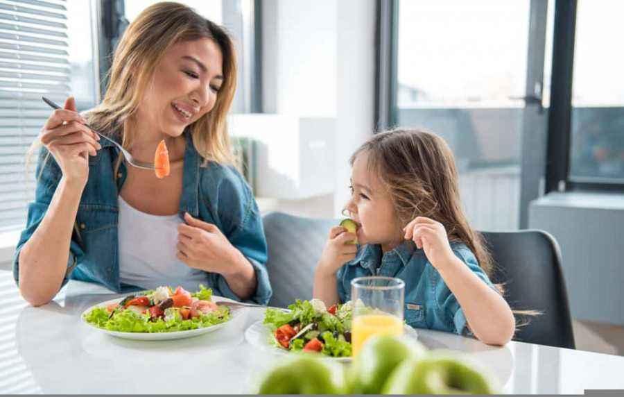 10 Makanan Bergizi] untuk Menjaga Kesehatan & Sistem Imun Anak