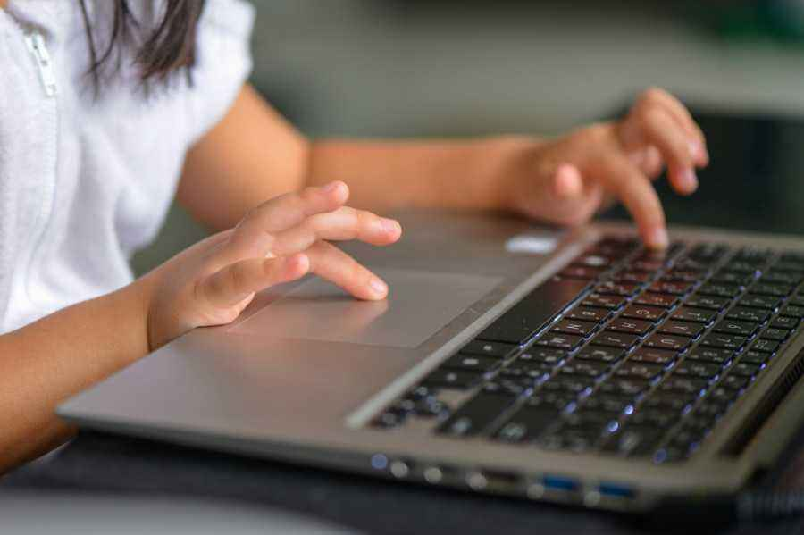 4 Cara Siapkan Internet Aman untuk Anak