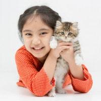 Ajari si Kecil Menyayangi Hewan Sejak Dini