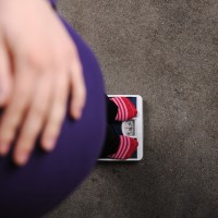Berat Badan Turun Saat Hamil, Amankah?