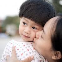 Tradisi Unik Merawat Bayi di Berbagai Negara