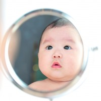 Serunya Bermain Cermin dengan si Kecil