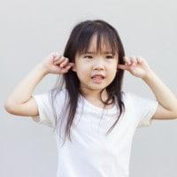 Lakukan 7 Hal Ini Bila si Kecil Sering Bersikap Cuek