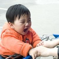 Anak Suka Menggigit dan Memukul, Apa yang Harus Dilakukan?