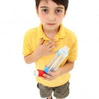 4 Tips Menghilangkan Kantung Mata si Kecil