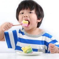 Jenis Makanan yang Dapat Menyebabkan si Kecil Kegemukan