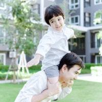 4 Manfaat si Kecil Bermain dengan Ayah