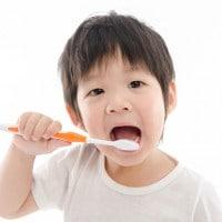 Sikat Gigi Setelah Makan Bisa Membuat Gigi Anak Keropos?