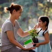 Kesalahan dalam Memuji Anak yang Biasa Dilakukan Orang Tua