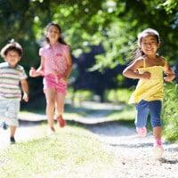 Perkuat Tulang Anak dengan 3 Sumber Kalsium Alami Ini
