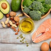 7 Makanan Pendukung Kecerdasan Otak si Kecil