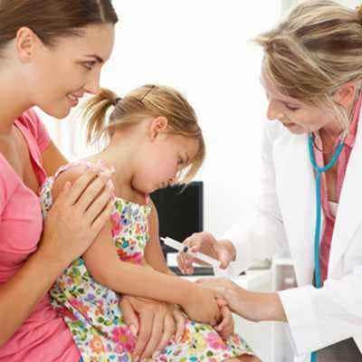Vaksinasi untuk si Kecil Usia 456