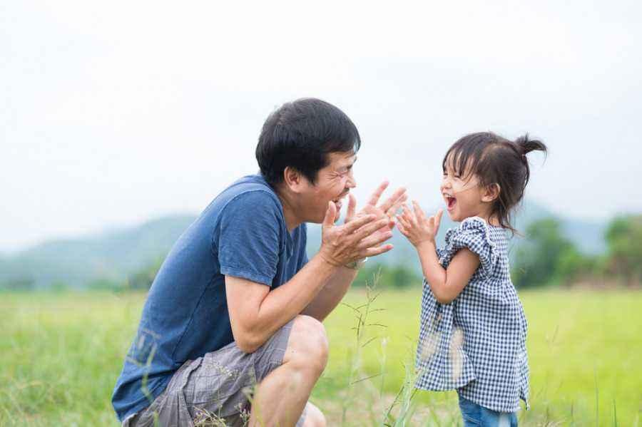 4 Alasan si Kecil Lebih Dekat dengan Ayah
