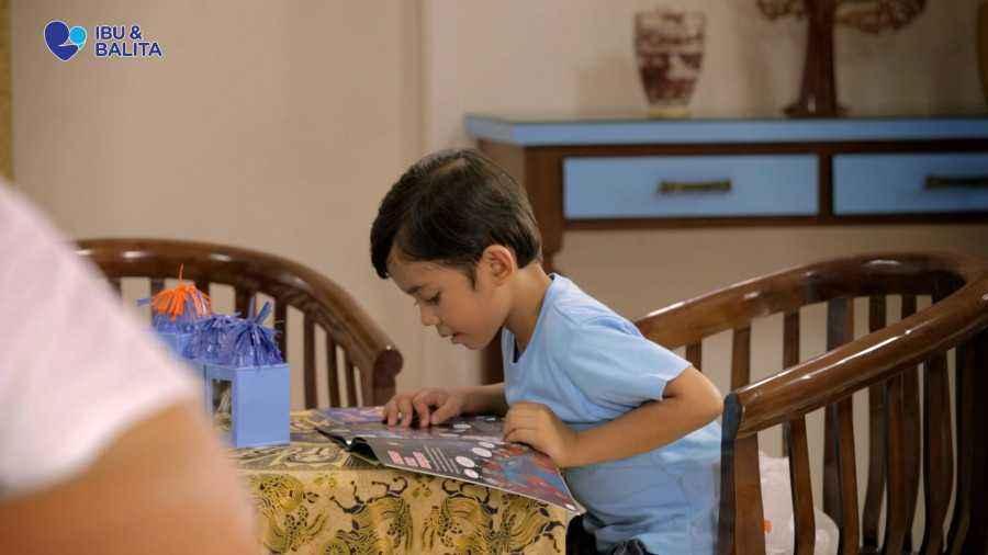3 Cara Mudah  Membuat Anak Gemar Membaca